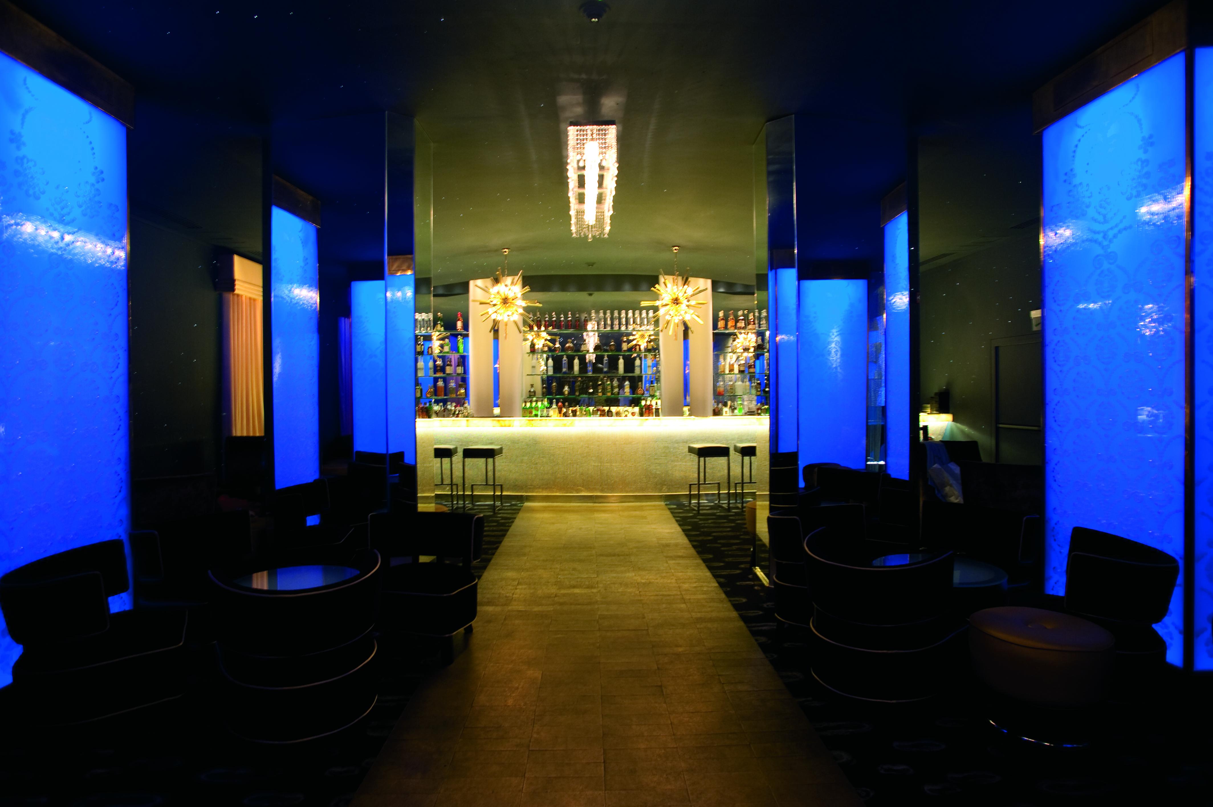 Copacabana palace-bar.jpg