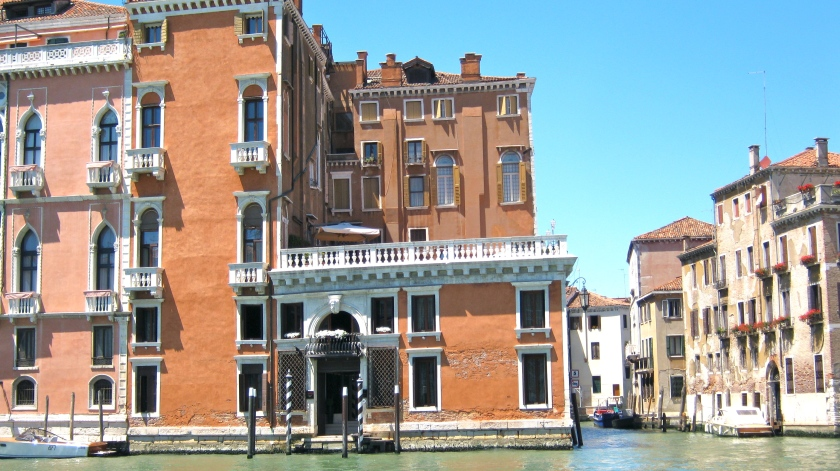 Palazzo Barbarigo façade-Photo Véronique Dubois.jpg